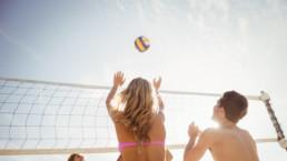 Reglas vóley playa: cancha, red, balón y equipamiento oficiales
