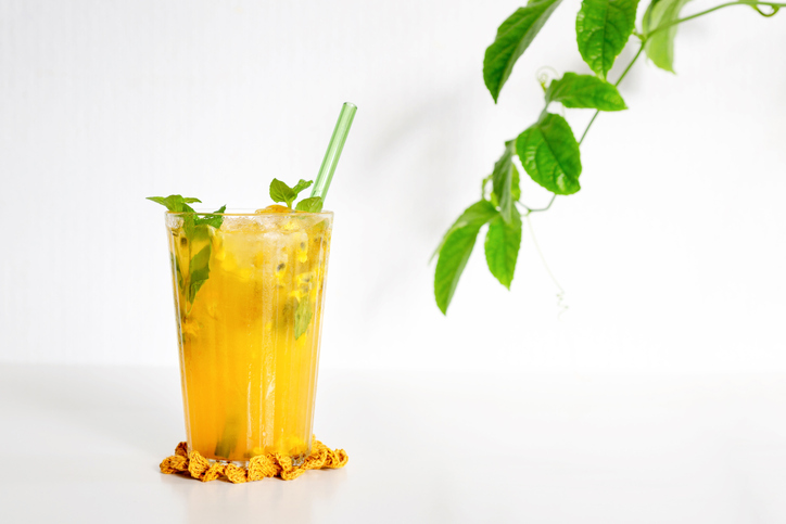 Top 10 cócteles de frutas sin alcohol. Maracuyá
