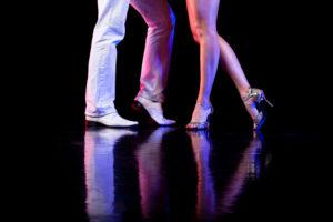 Pasos basicos de la kizomba Como se baila