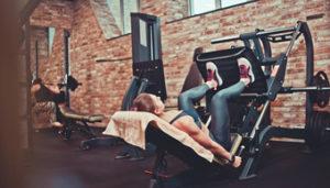 La mejor rutina de ejercicios para fortalecer y desarrollar gemelos y el sóleo. Prensa inclinada