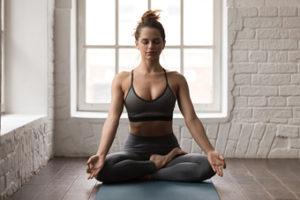 Rutinas de yoga para principiantes. Conectar con el cuerpo