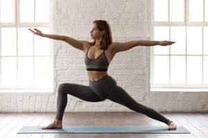 Rutinas de yoga para principiantes. Postura del guerrero