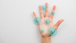 Señales de alteraciones en las palmas de las manos