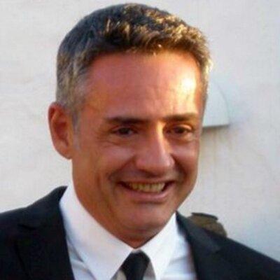 Dr. Pedro L. González, especialista en Medicina Preventiva y de Salud Pública, y periodista científico.